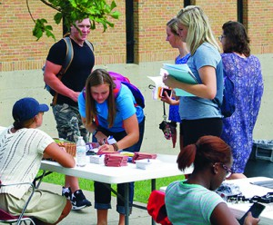 The 2016 Student Activities Fair made it easy for new and returning students to find clubs on campus that fit their interests.