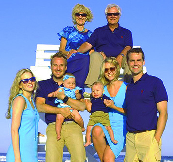 Judy and Jim Connor (top) with their family (l-r): Lauren (daughter-in-law), Ryan (son-in-law), Jennifer (daughter), Jonathan (son),  and the two grandchildren (twins) Teagan and Grant.